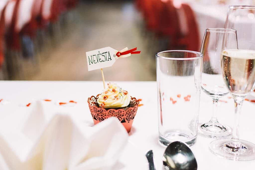 foodiesfeed.com_Wedding_15-1024x683